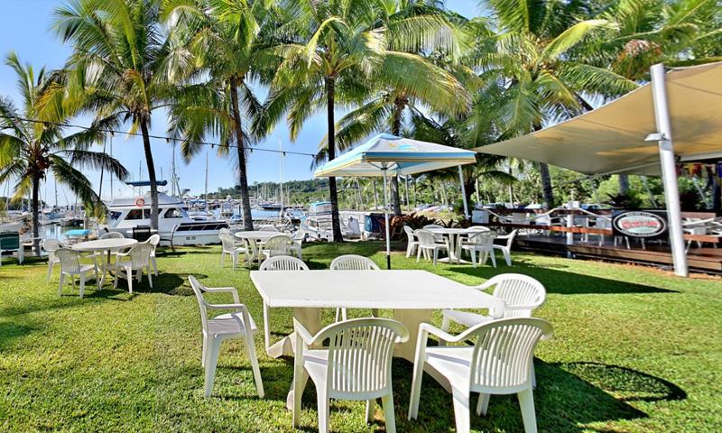 https://virtualitour.com.au/wp-content/uploads/2017/12/PortDouglas-Yacht-Club.jpg